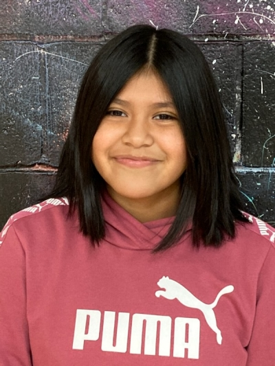 Selena Canada is an 8th grader and the daughter of Efrain Canada and Guillermina Coyote. Her electives are art, current events, and FACS. She likes school because she gets to learn.
