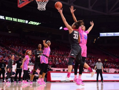 Dungee Takes Over, Guides Arkansas Past Ole Miss
