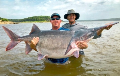 Edmond Angler Snags New State-Record Paddlefish at 146.7 Pounds