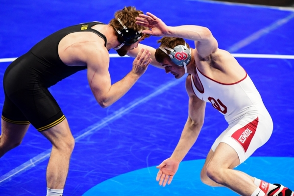 Woodley Finishes Sixth at NCAA Championship