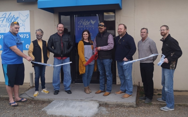 Poteau Chamber of Commerce Welcomes New Business To Poteau, serving home health care products to area residents